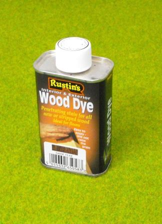 21-021 Dye, Teak code SW21, 125ml can with a pair of gloves, for dying Shirecraft walling sections and Building Sheets etc. Size: G scale etc.-0