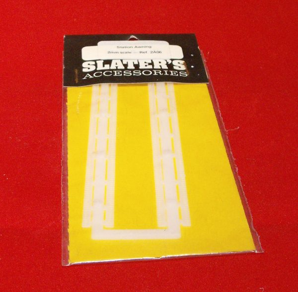 2A06WH Station awning. Slaters Plastikard Size: N -0