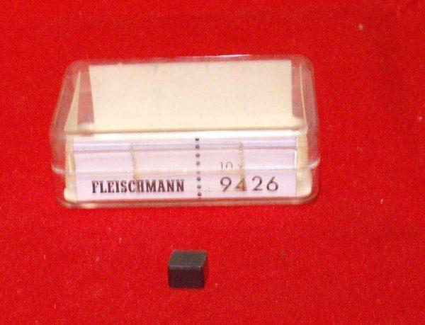 9426 Fleischmann - Magnets. Size: N -0