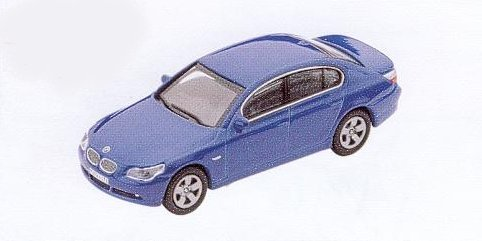 GM304 BMW 5 Series blue. Diecast Vehicle, Ready Assembled & Painted Size: OO -0