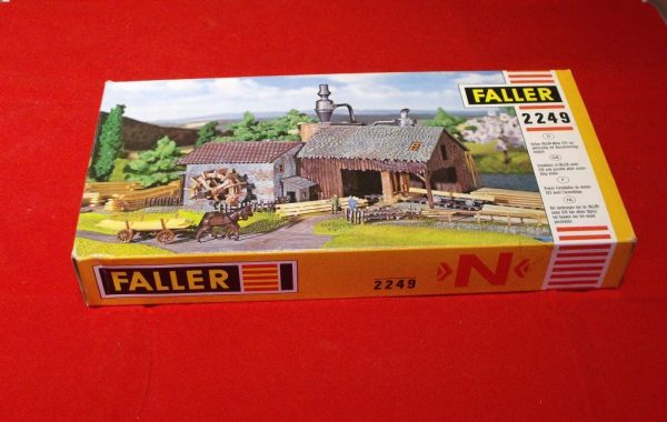 F2249 Sawmill - can be powered by motor ref 629 (not inc). Building Kit Faller Size: N -1839