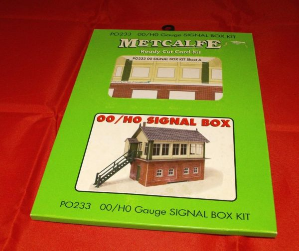 P0233 Signal Box - Metcalfe Premium Ready-Cut Card Kit. Size: OO -0