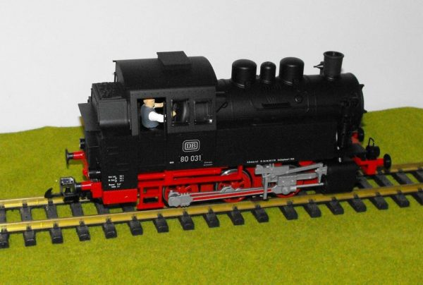 PK37200 Piko BR80 0-6-0T loco only, split from 37110 set. Size: G -1334