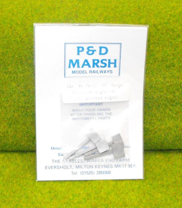 PW122 Trackside Signs including Printed Notices (4). P & D Marsh White Metal Kit, Kit level 1. Size: OO -0