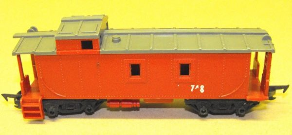 R115 Hornby or Triang Caboose red. Unboxed in poor/average condition.Size: OO | This is a second-hand item.-0