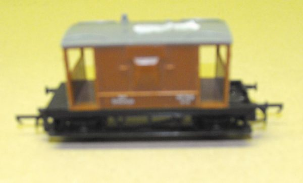 R16/17 Triang Brake Van brown-0