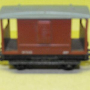 R16A Tri-ang Brake Van brown -0