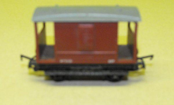 R16A Tri-ang Brake Van brown -0