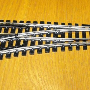 R8072 Hornby track, Left Hand standard Point. 168mm length, 438mm arc, 22.5 degrees. Size: OO -0