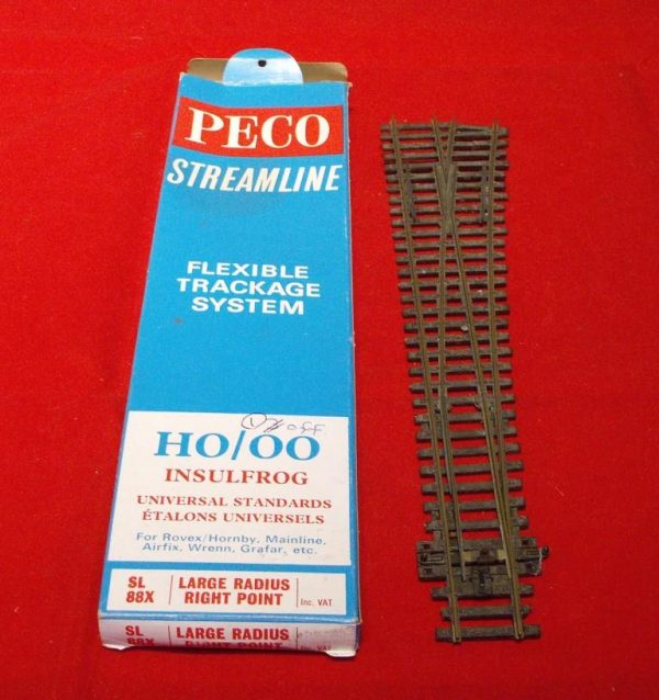 SL88XRH Peco Streamline Curved Point Right Large Radius. Size: OO | This is a second-hand item. -0