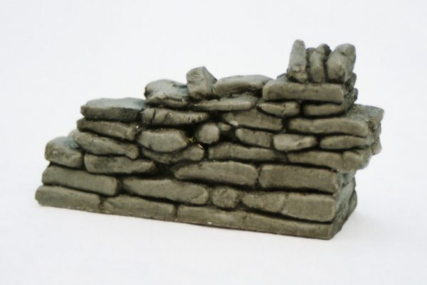 SW5 Shirecraft dry-stone Walling. Broken Sloping-down Wall, male 3.7 inches length. Size: G scale etc Patented Product-0