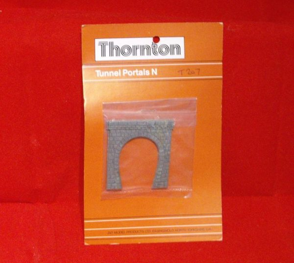 T207 Thornton Tunnel Portals Single Track - Stone. Size: N -0