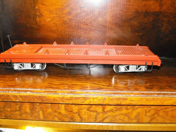 SH24Ha Hartland bogie flat wagon, brown. Size: G | This is a second-hand item.-661