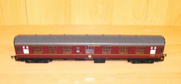 2347-3 Hornby Coach BR maroon No.M16005 manxman. Size: OO   This is a second-hand item.-0