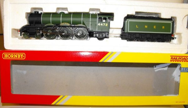 R3086 Hornby LNER Class A1 Flying Scotsman no 4472 NEW Boxed. Size: OO -1186