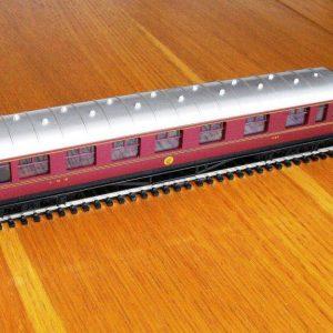 Hornby LMS composite Coach R4388 -0