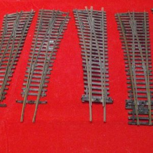 6 Points, Hornby track Asstd points: 4 L/H, 1 R/H, 1 x Y point. Size: OO Used and in poor condition-0